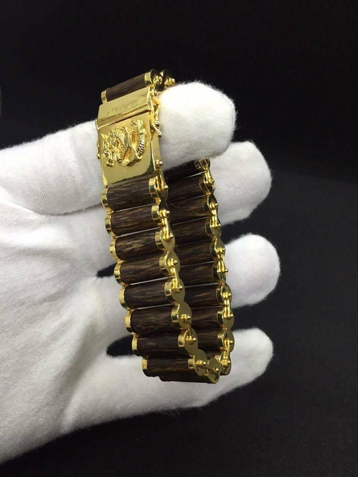 Vòng tay trầm hương mạ vàng kiểu dây đeo đồng hồ
