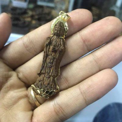 Ý nghĩa của mặt dây chuyền trầm hương Phật Quan Âm