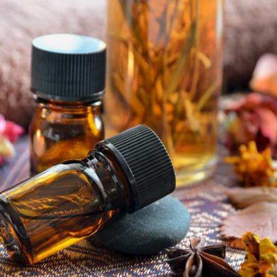 Có nên dùng tinh dầu của trầm hương không?