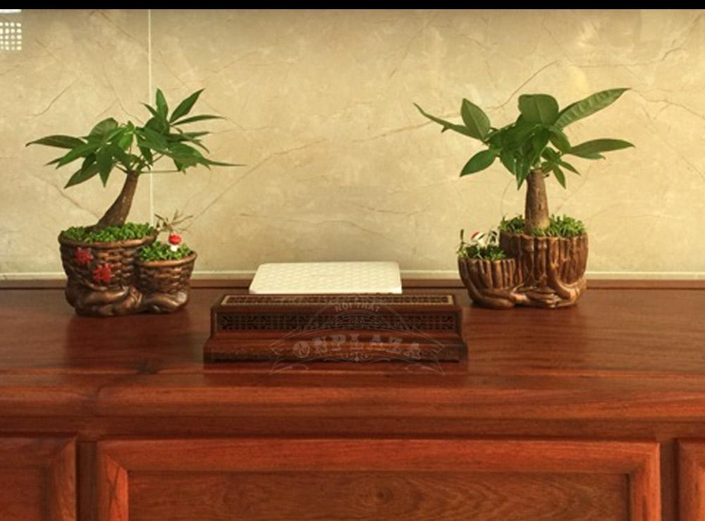 Hộp đốt nhang trầm gỗ cẩm lai đỏ để trong phòng ngủ
