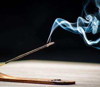 Giá trị của khói trầm hương.