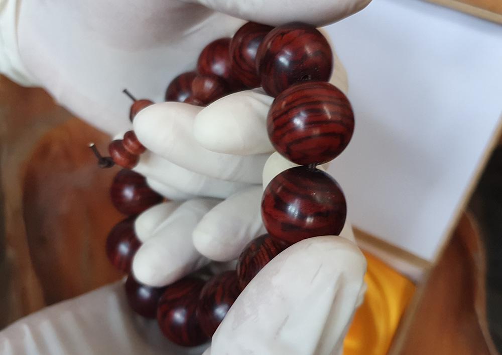 ad Vòng tay gỗ Sưa 18 ly V10 2