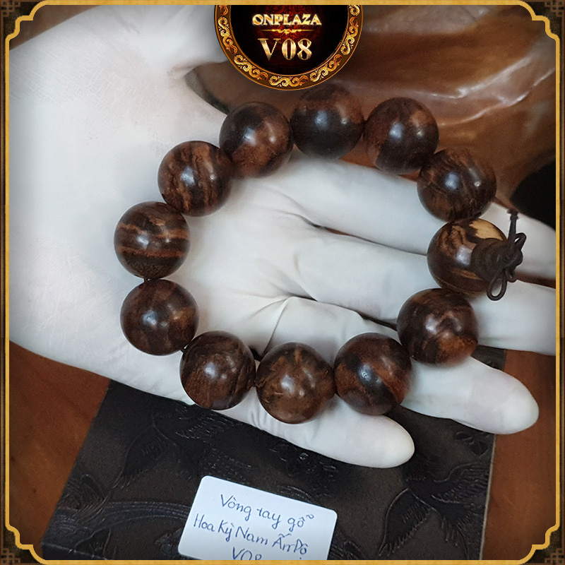 Vòng tay gỗ Hoa Kỳ Nam Ấn Độ V08 1
