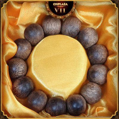 Vòng tay gỗ Trầm Hương 18 ly cao cấp V11